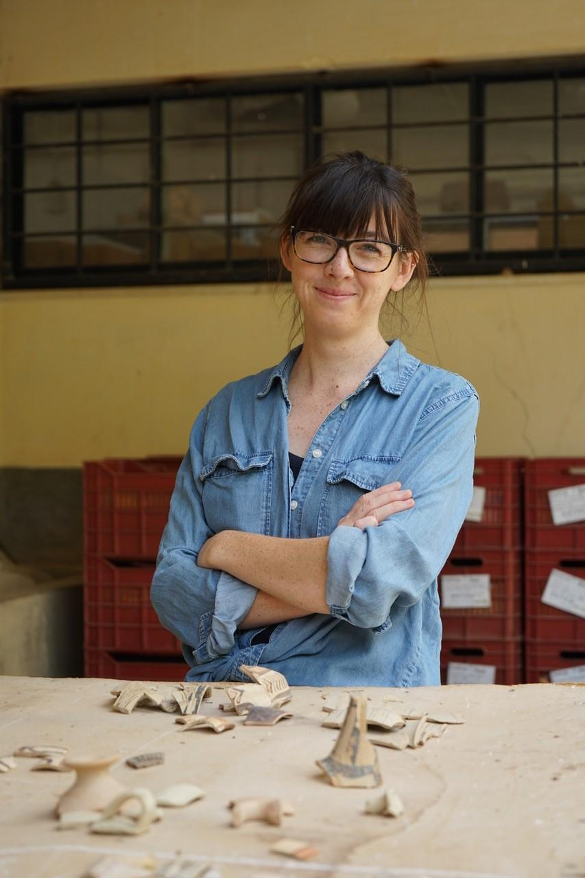 Photo of Alice Crowe with sherds from Knossos